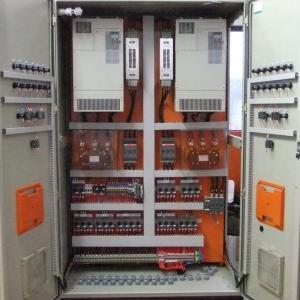 Montagem de paineis eletricos industriais